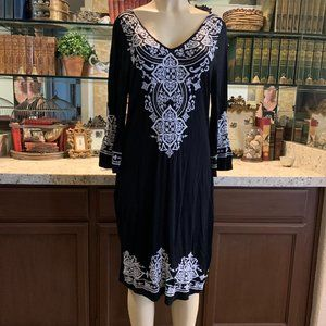 CHELSEA & THEODORE Bell Sleeve Dress